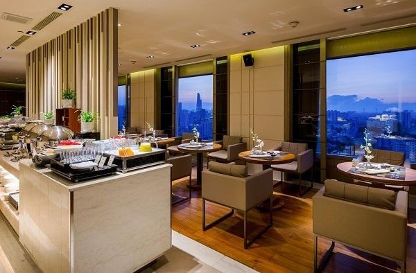 Review khách sạn Nikko Sài Gòn. Khách sạn Nikko Saigon Hotel có tốt không? Nikko Club Lounge