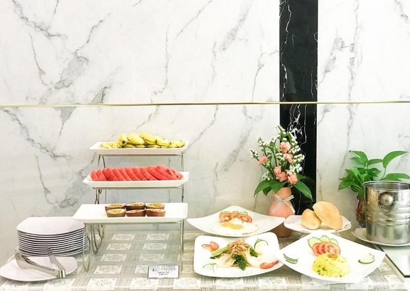 Khách sạn tốt ở thành phố Hồ Chí Minh. Khách sạn Platinum Hotel Sài Gòn có tốt không?