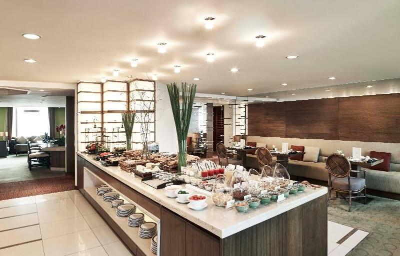 Review khách sạn Pan Pacific Hà Nội, khu vực ăn sáng ở khách sạn