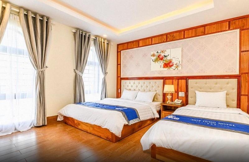 Du lịch Đà Nẵng nên thuê khách sạn nào gần biển? Đánh giá khách sạn Duy Tùng Hotel Đà Nẵng.