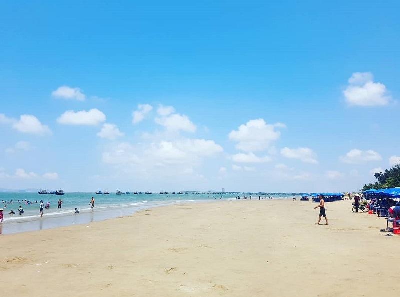 ĐỊa điểm du lịch gần Sài Gòn, bãi biển Long Hải