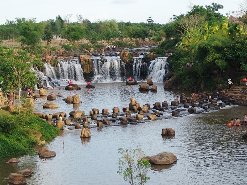 Điểm du lịch mới lạ gần Sài Gòn, Thác GianG Điền