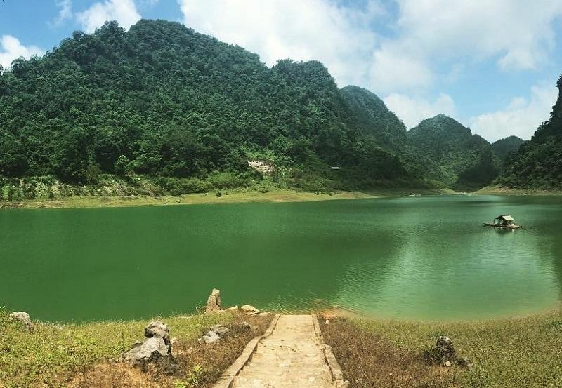 Review công viên địa chất Non Nước Cao Bằng, hồ Thăng Hen