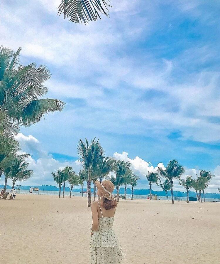 Địa điểm du lịch Hạ Long, bãi tắm Sun World