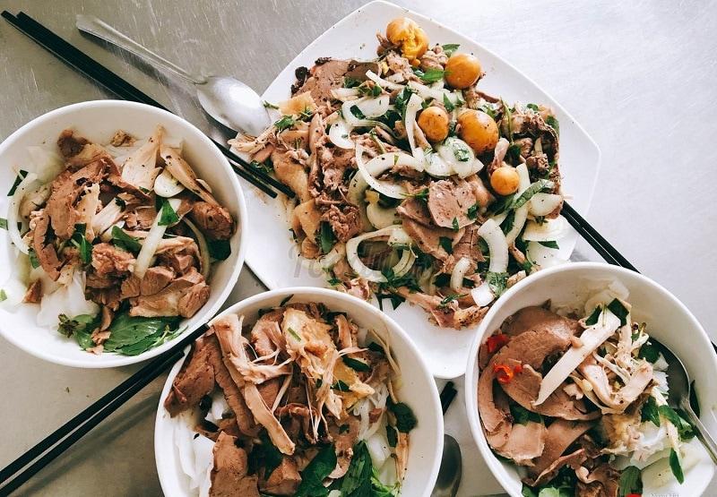 Quán bánh ướt lòng gà Trang - quán bánh ướt ngon ở Đà Lạt